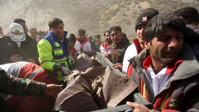 En fotos: El accidente aéreo donde murió la heredera millonaria turca al regresar de su despedida de soltera