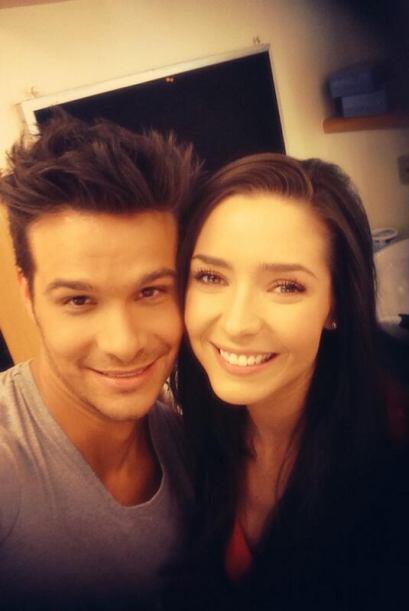 Ariadne con Brandon Peniche.