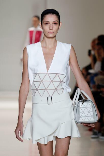 El 'total white' fue el protagonista en vestidos muy versátiles que pued...