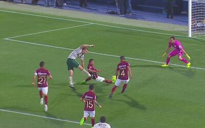 Contragolpe letal de Santos y Furch pone el 1-0 sobre América