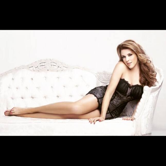 Alicia Machado cumple 21 años de ser reina de belleza 1389917_4012518967...