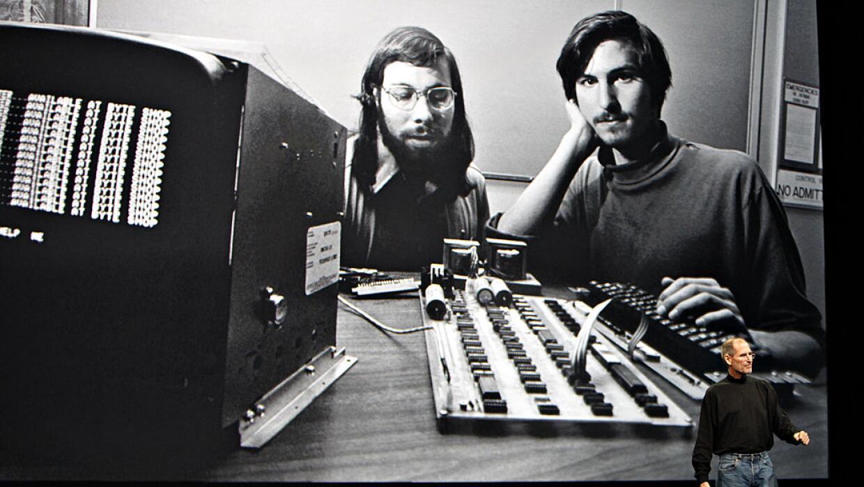 Steve Jobs solía recordar en sus conferencias el nacimiento de su empresa.