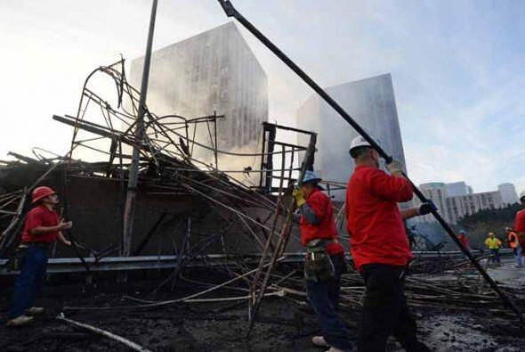 La remoción de escombros será otra labor que ocupará a los efectivos dur...