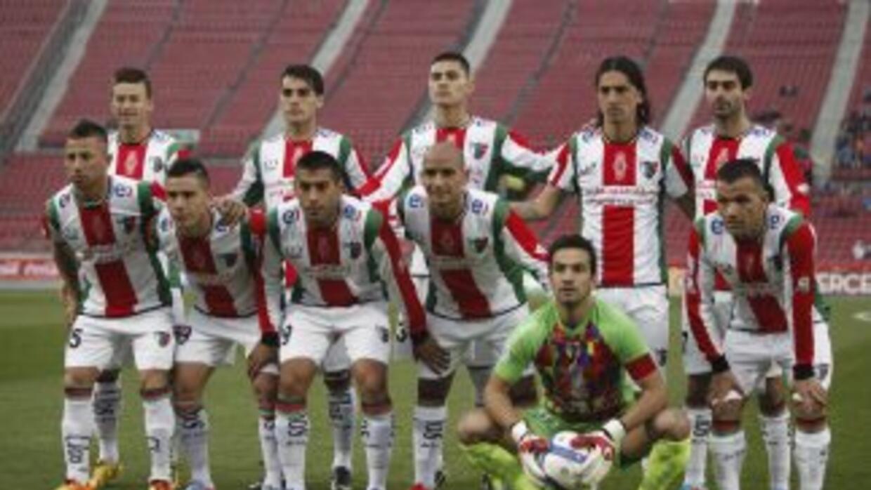 Con este uniforme el club Palestino cerró el año en el torneo chileno, e...