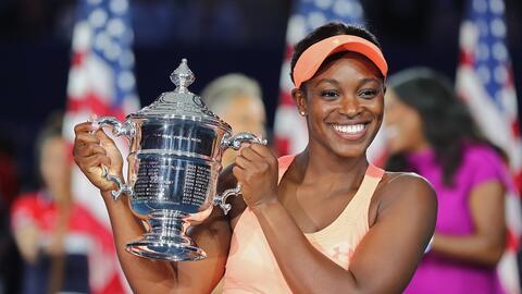 El mágico momento en el que la ganadora del US Open levanta el t&...