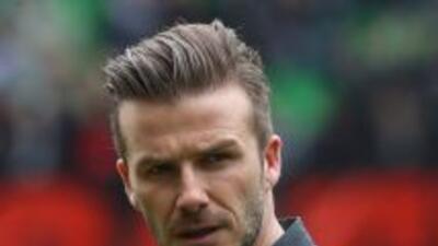 """Para David Beckham, Lionel Messi es un jugador """"único en su clase"""" mient..."""