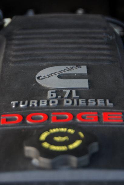 El motor Cummins Turbo Diesel de 6.7 litros produce 360 caballos de fuerza.