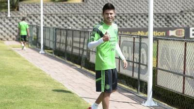 Oribe Peralta con la selección mexicana.