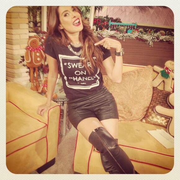 """""""Gracias @CUCA_DIAZ por mi ropa"""", dijo Galilea Montijo. (Diciembre 6, 2013)"""