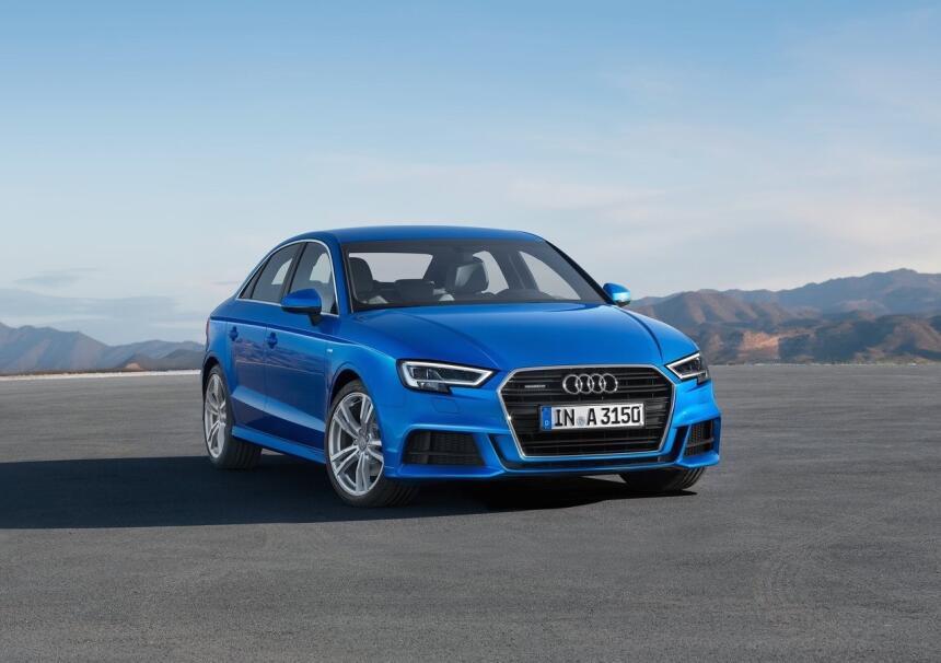 Estos autos son los que más enamoran a sus dueños Audi-A3_Sedan-2017-128...