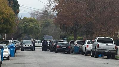 Investigan tiroteo que involucró a oficial de la policía en Redwood City