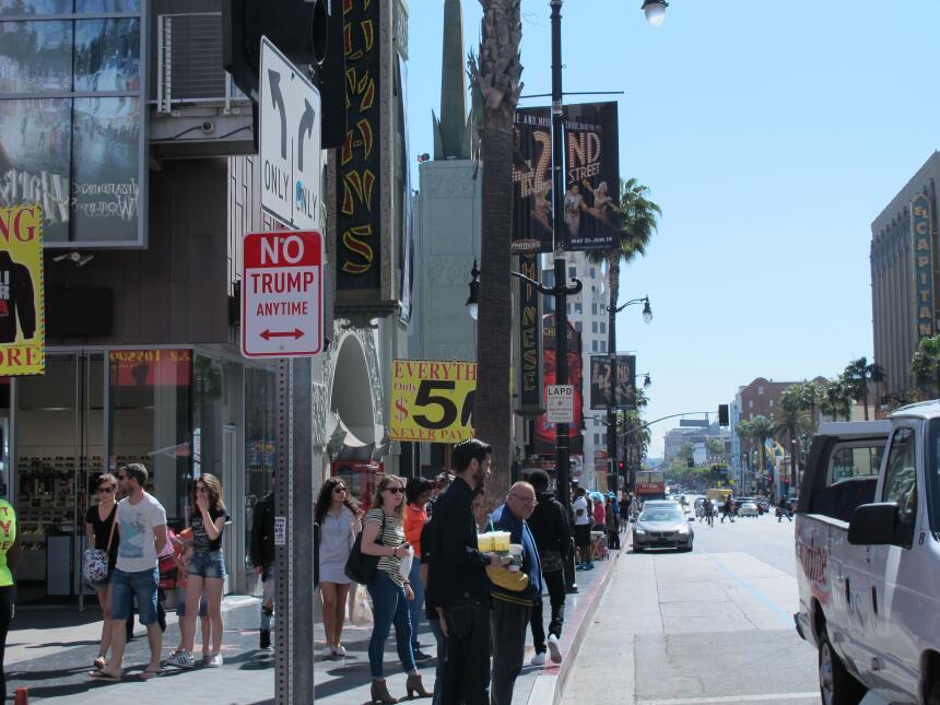Pusieron la señal en el Paseo de la Fama de Hollywood.