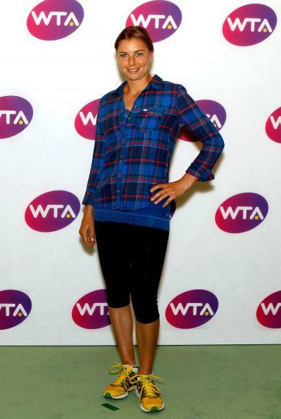 La rusa Vera Zvonareva le pisa los talones a Wozniacki, pues ocupa el pu...