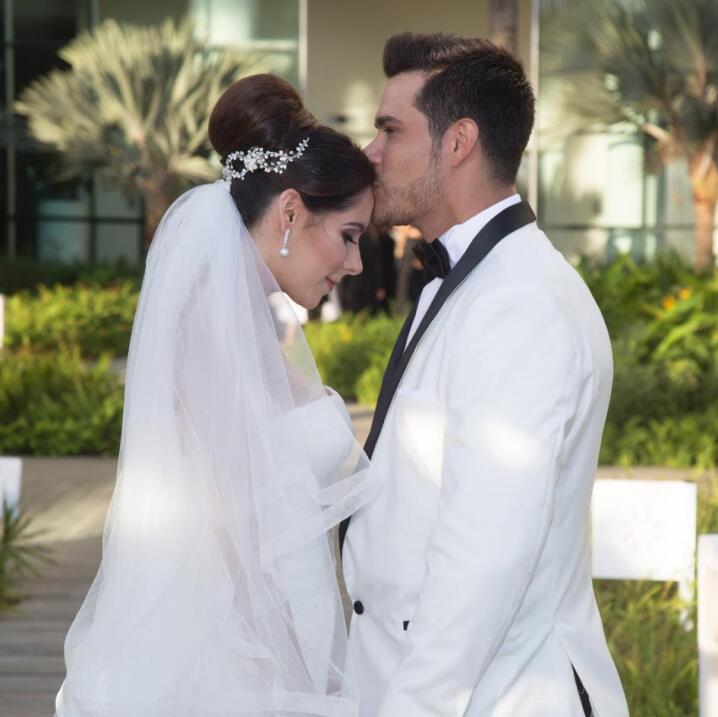 Brandon Peniche y su esposa Kris Cid