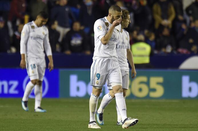El Real Madrid había salido con todo, ya que por primera vez en la tempo...