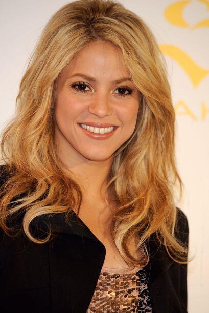 12.- La colombiana Shakira conoce muy bien que su punto fuerte son los o...