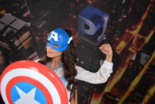 Sabemos que es guapa, inteligente y hace parte de la familia Univision.