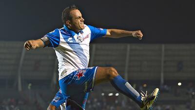 Penalti riguroso y Cuauhtémoc hace el tercero de Puebla contra Monterrey