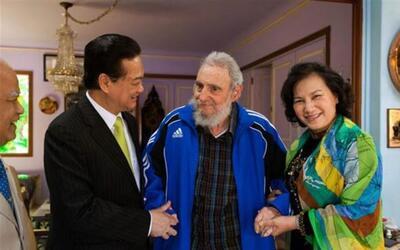 El líder cubano Fidel Castro se reunió con el primer minis...