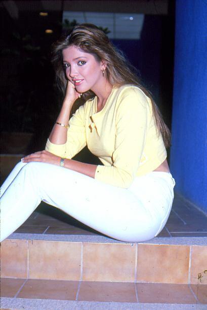 """En 1988 Adela protagonizó """"Dulce Desafío"""" junto a Eduardo Yáñez."""