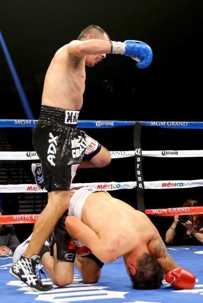 Pero también Molina fue víctima de los golpes bajos y Humberto Soto tamb...