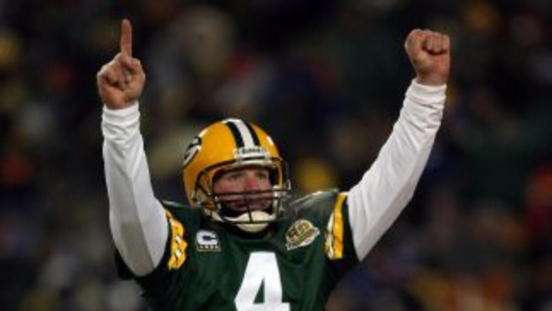 El #4 de Brett Favre deberá esperar para ser retirado.