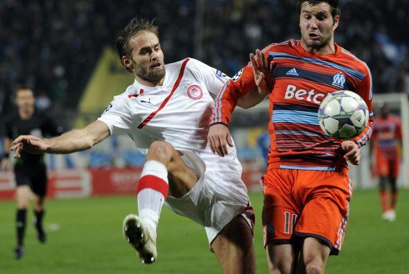 Marsella quería asegurar su pase en su duelo con el Olympiakos.