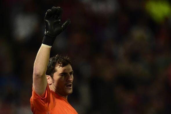Casillas podría estar en la órbita del Barcelona si es que algún equipo...