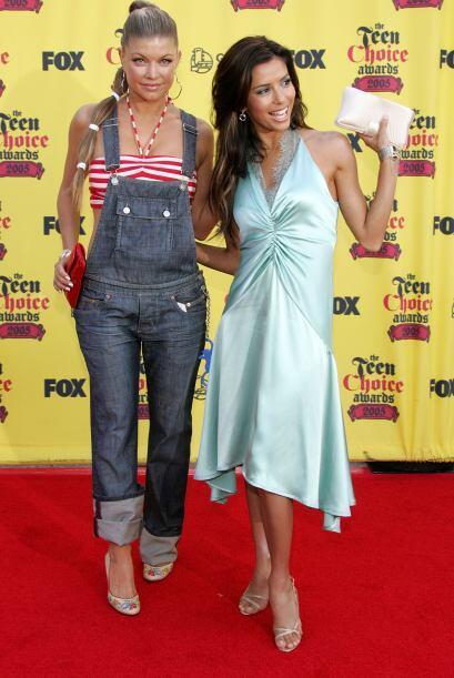 Indudablemente Eva Longoria opacó a Fergie, quien se inspiró en... Mejor...