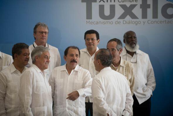 El presidente Calderón inauguró el acto ante sus homólogos de Chile, Seb...