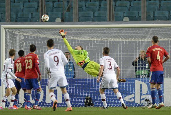 Eremenko estuvo cerca de empatar el juego para CSKA pero el travesaño se...