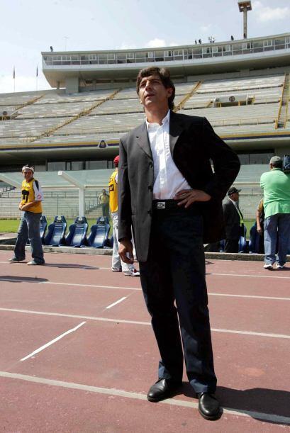 Llegó al relevo Miguel España pero no pudo sacar al equipo adelante y no...