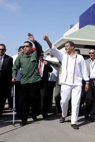El presidente de Ecuador, Rafael Correa y Hugo Chávez también son amigos...