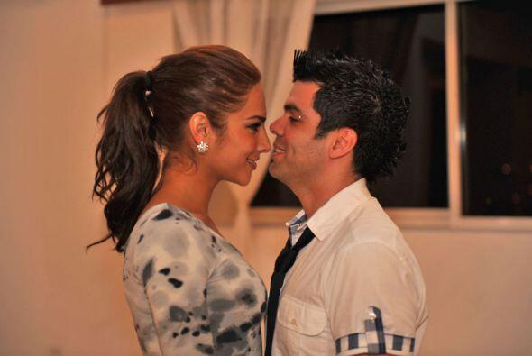 Alejandra Espinoza y Aníbal Marrero