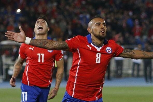 8.- Arturo Vidal - El verdadero motor de los chilenos juega para la Juve...