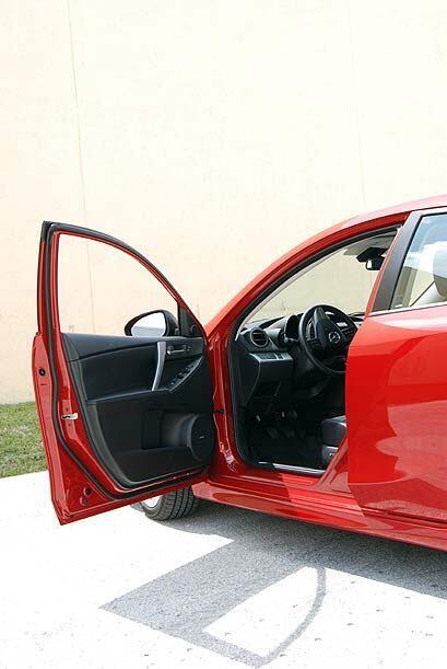 El interior de nuestro modelo Grand Touring ofrece comfort y materiales...