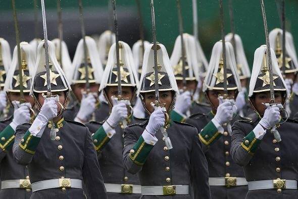 La ceremonia de aniversario estuvo presidida por el presidente de Colombia.