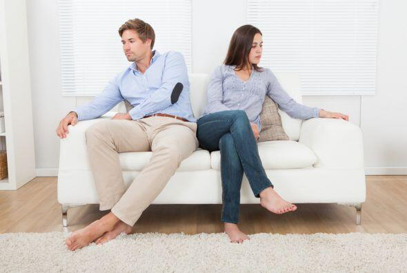 Cuando esa pareja Virgo, generalmente comunicativa, inclusive criticona...