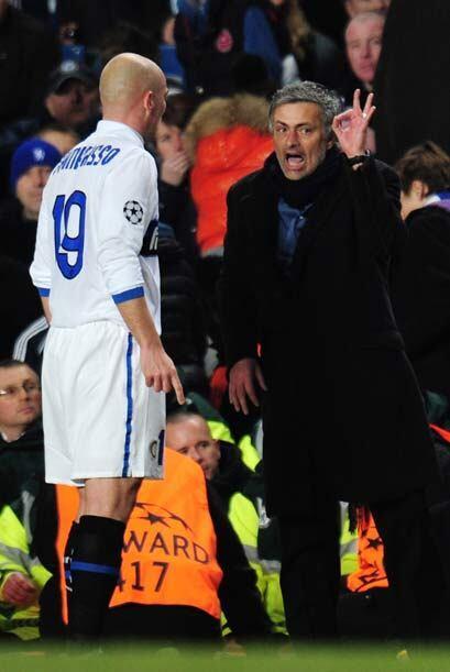 'Mou' no paraba de dar indicaciones a sus jugadores, pues Chelsea tuvo a...