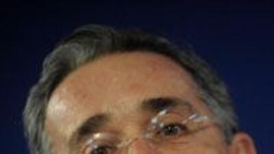 uribe defiende a Santos contra acusasiones de Ecuador 0baa3a81879e4e21bf...