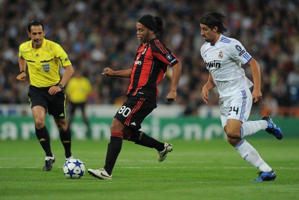 Real Madrid recibió la visita del Milan, dos clubes históricos de Europa...