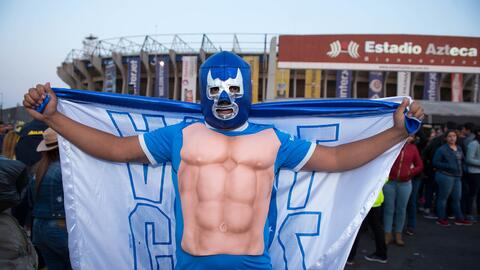 Gran ambiente se vivió en los estadios del fútbol mexicano...