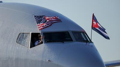 En fotos: llega a La Habana el primer vuelo comercial desde Miami en 50 años