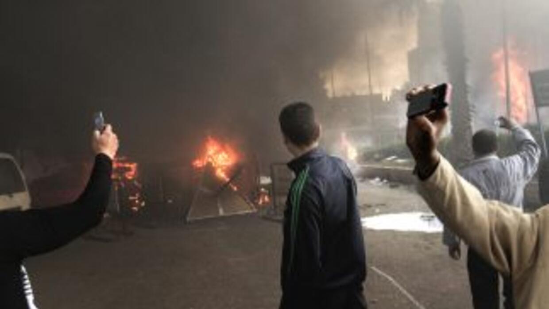 Lo que ocurre en Egipto está siendo grabado con celulares para que todo...