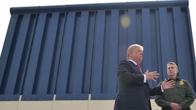 """""""¡Mi reino por un… muro fronterizo!"""""""