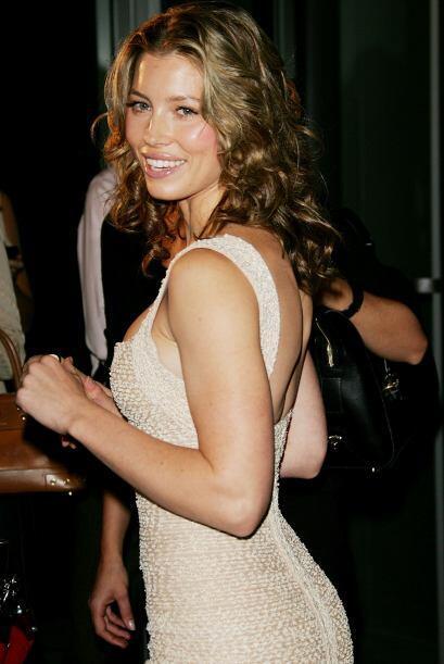 La hermosa Jessica Biel es otra de las mujeres que po resistió los ojos...