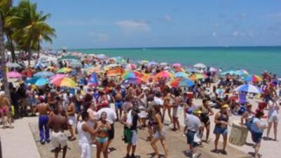 Foto cortesía de Bobby Fernández: Más de 40.000 personas acudieron al de...