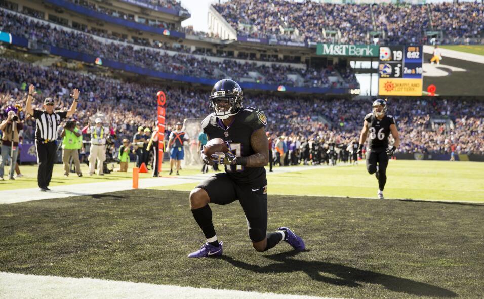 A medio gas y con un gran Bell, Steelers aplacó 9-26 el vuelo de Ravens...