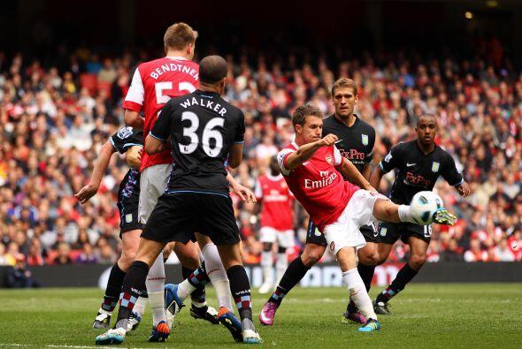 Los 'Gunners' esperaban sacar la victoria ante los 'Villanos'.