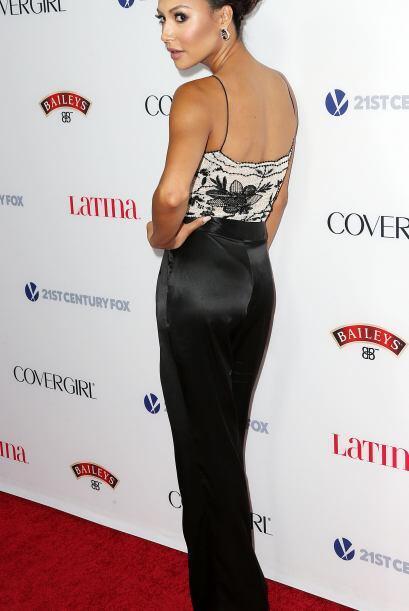 La actriz se presentó en una alfombra roja en Hollywood luciendo hermosa...